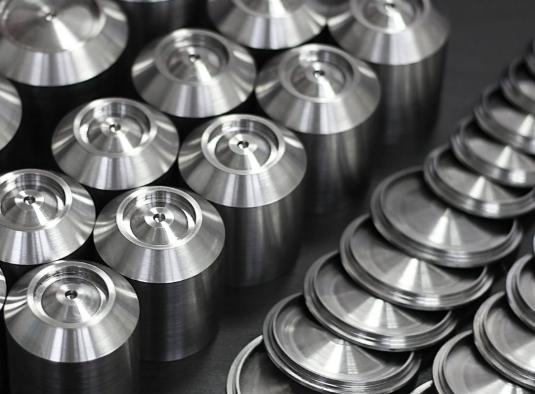 изделия деталей из металла